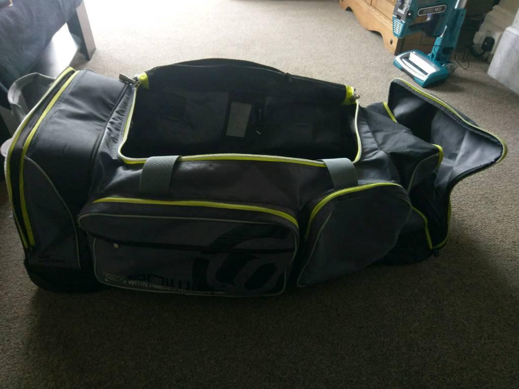 'Animal' XL Suitcase/Travel Bag