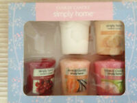 YANKIE Box of 5 Fruity small candles will post out