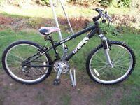 Boys Raleigh Mountain Bike 24in Wheel 12.5in Aluminum Frame 18 Gears