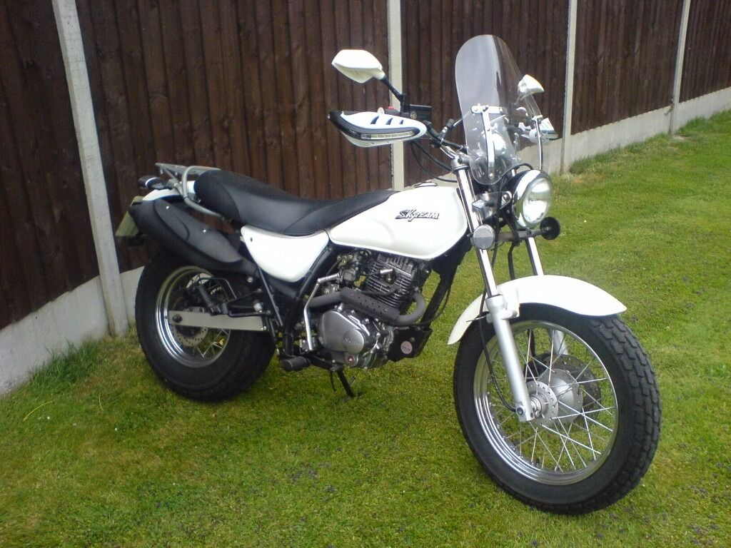 suzuki van van style motorcycle skyteam v raptor 250cc in coalville leicestershire gumtree. Black Bedroom Furniture Sets. Home Design Ideas