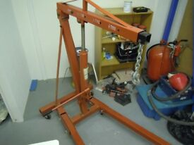 Wanted Lifting Hoist, within 30 miles of Hull, East Yorkshire.