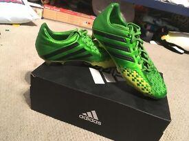 Adidas predator football boots size 5.5