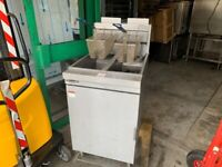 GAS 2 TANK FRYER CATERING COMMERCIAL KITCHEN FRYER SERVICED