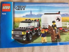 LEGO City 7635 - 4 Wheel Drive with Horse Trailer