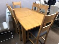 New/Ex-display**Solid oak extendable table and 6 chairs ,,