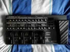 BOSS ME80 Multi-Effects Pedal