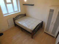*****Lovely DBL Room Available Now in Shadwell*****
