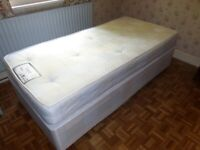 Single 3 ft bed in good condition
