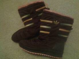 Girls boots good condition