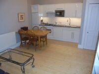 Beautiful newly refurbished 2 bedroom flat in Tollcross available immediately