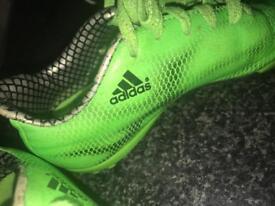 Boys adidas messi f10 green Astro turf boots 11