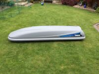 Thule Sweden ocean 500 roof box grey in excellent condition