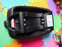 New Unused Ex-Display Silver Cross 3D Car Seat Isofix Base, Unboxed