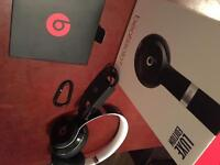 Dre Beats Solo 2 luxe edition & iPhone iTunes card.