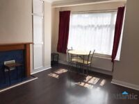 Great Location & Condition 2 Bedroom 1st Floor Flat In Woodford Green, IG8, Local Train Station