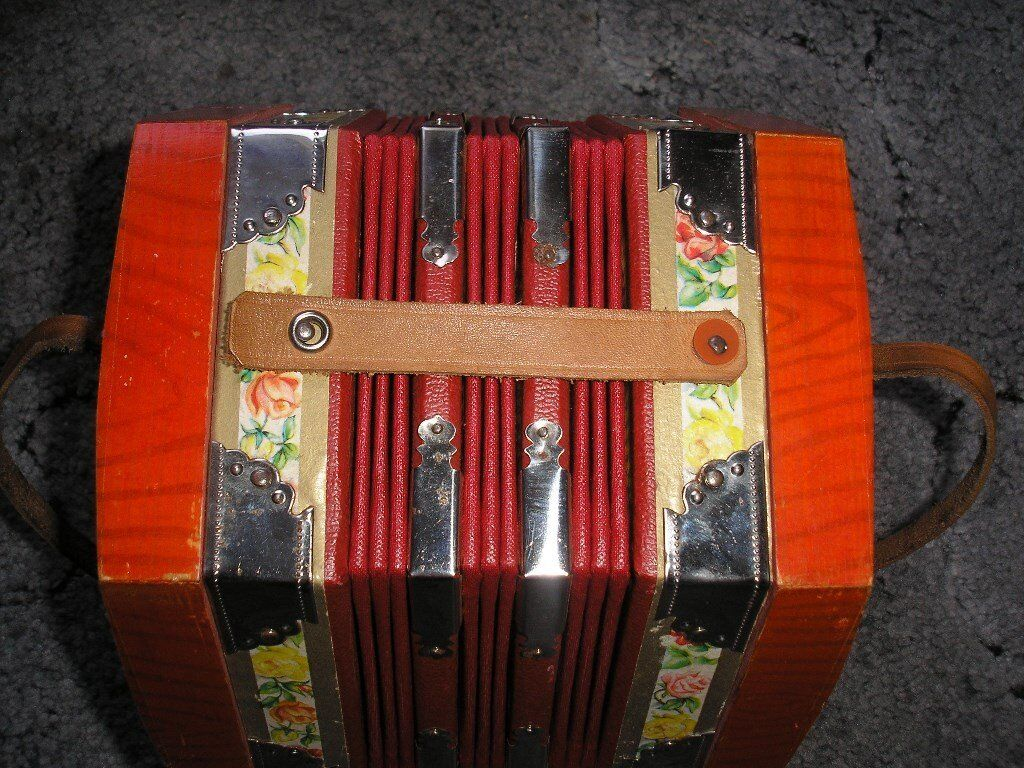 Vintage Galotta Quot Squeeze Box Quot Concertina Accordion
