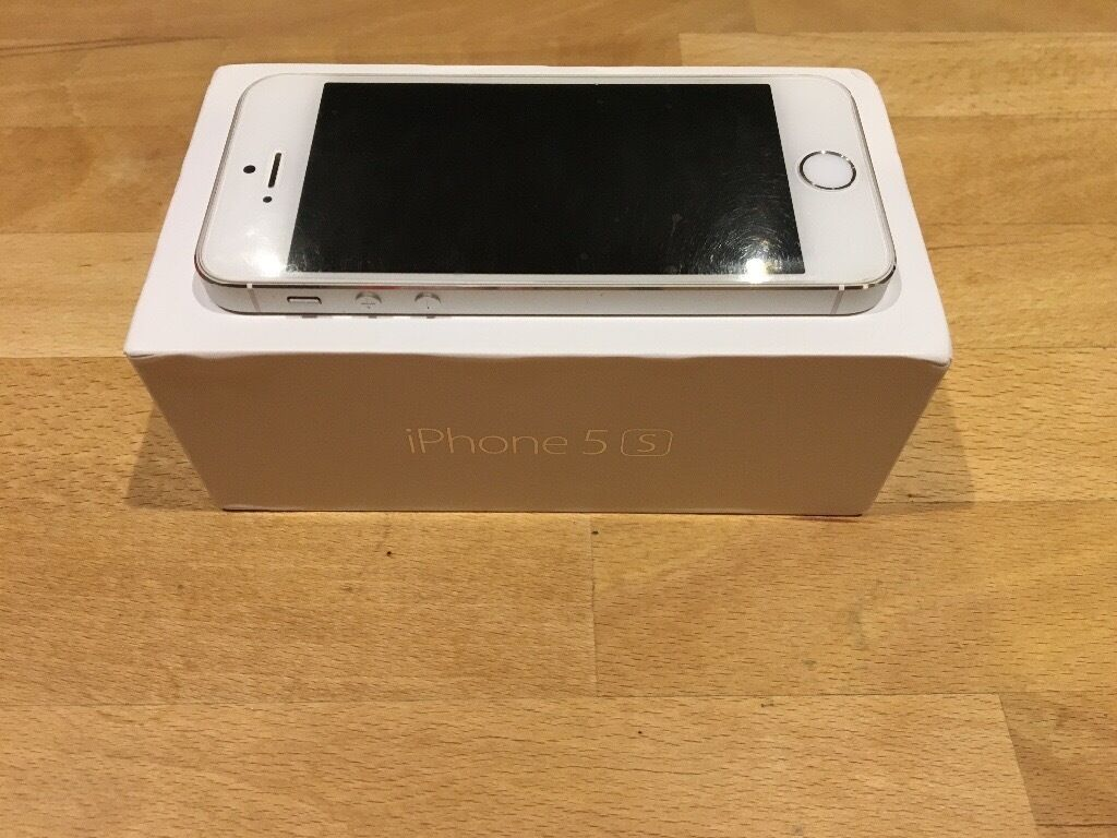 iPhone 5s White/silverunlockedin Bodicote, OxfordshireGumtree - Immaculate condition iPhone 5s white/silver. I have always had front & back screen protectors on and also a case. No scratches etc. Will come with originally box and charger/headphones as well if wanted. Only selling due to upgrade. £130