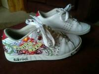 Marc Ecko trainers size 4