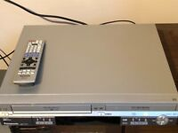Panasonic dvd and VHS DVD player