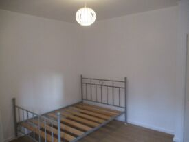 1 DOUBLE BEDROOM***FLAT SHARE***ALL BILLS AND WIFI INCLUDED*** RECENTLY REFURBED***NO AGENCY FEES