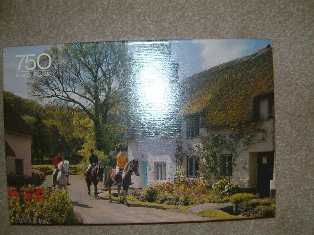 Sale 750 piece Puzzle, Scene of Dunster Somerset, Good clean condition nice scene.