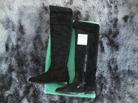 Ladies Clarkes Black real suede knee/overknee slim fit boot size 4