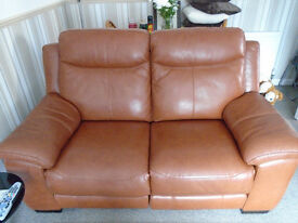 TAN LEATHER SUITE FOR SALE