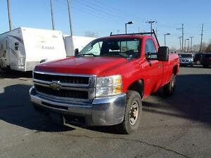 2009 Chevrolet Silverado 3500HD Regular Cab 4WD Long Box with To
