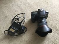 Excellent condition Canon 7D with canon 17-40mm lens