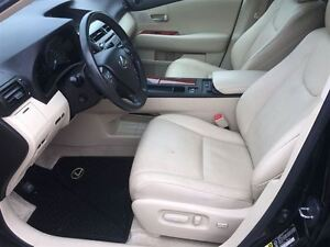 2010 Lexus RX 350 Loaded; Leather, Roof and More !!!! London Ontario image 13