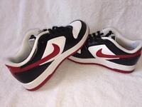Nike trainers size 4.5 Uk