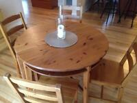 Ikea round table - extends to oval