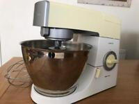 Kenwood Chef Kitchen Machine White