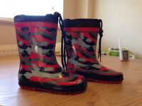 Infant size 9 wellies great condition