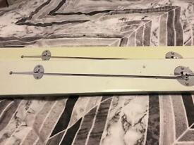 2x towel rails new