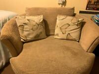 Swivelling Cuddle Chair in immaculate condition