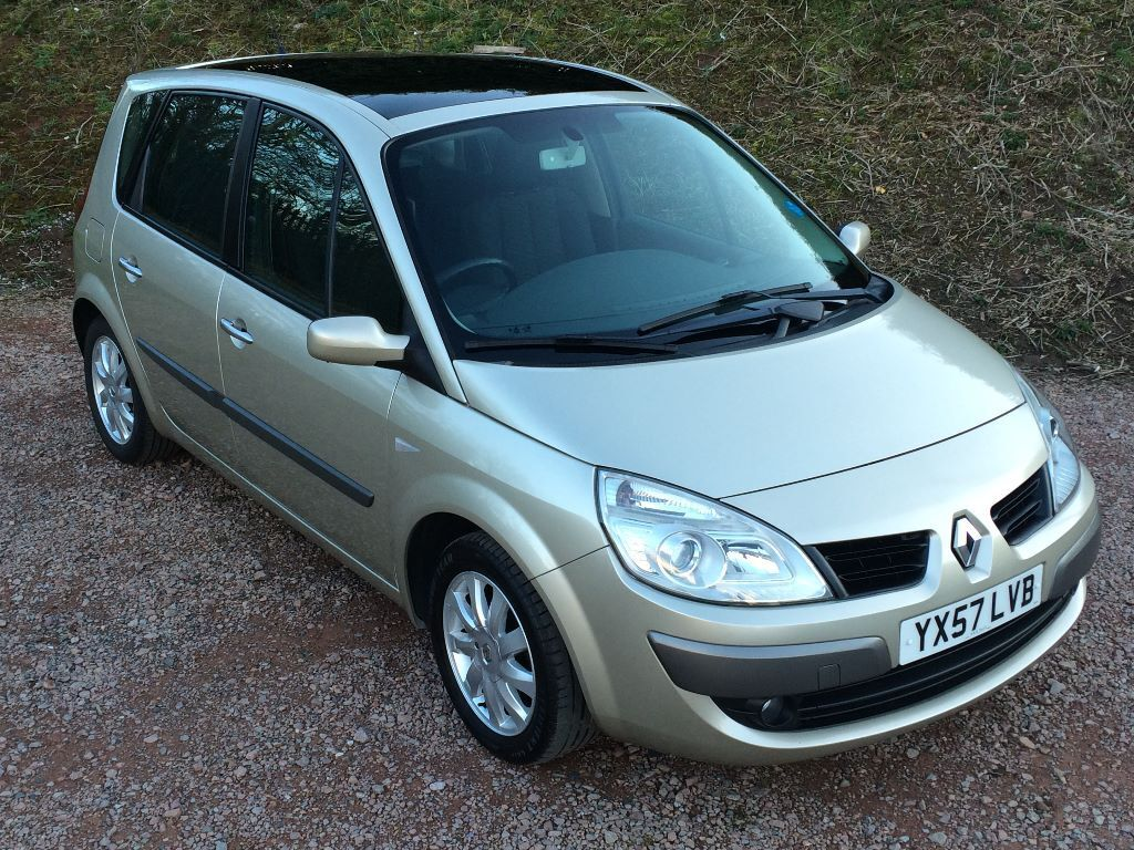 57 plate 2007 renault scenic mpv 1 6 vvt dynamique panoramic glass sunroof in longhope. Black Bedroom Furniture Sets. Home Design Ideas