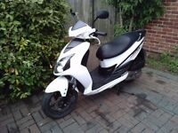 2014 SYM JET 125 automatic scooter, new 1 year MOT, good condition, runs well, ready to ride away,,,