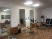 Gorgeous salon to let