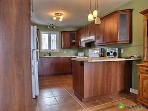 299 000$ - Maison de campagne à vendre à Notre-Dame-de-Pontmai Gatineau Ottawa / Gatineau Area image 2