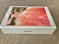 IPAD PRO 10.5'' ROSE GOLD 256gb WIFI ONLY 2017 MODEL, BRAND NEW SEALED BOX + WARRANTY, rrp £769