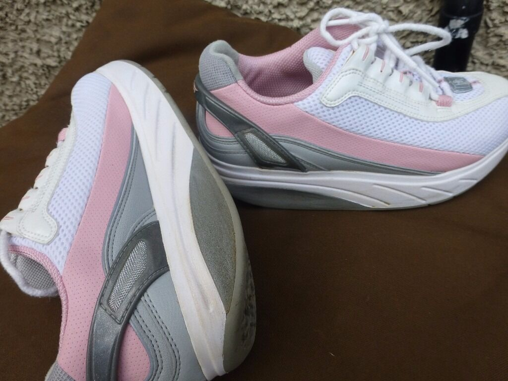 MBT-Skechers-Shape up-Trainers-Like New-White & Pink-Size 4-£10