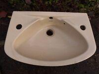 Compact cloakroom handwash basin