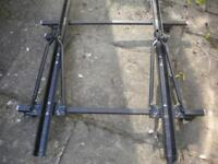 Roof mounted Bike Rack - lockable, for 2 bikes. fully adjustable, to fit any car w. roof bars/rails