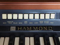 Hammond drawbar organ with built in Leslie speaker and stool 500gbp or nearest offer