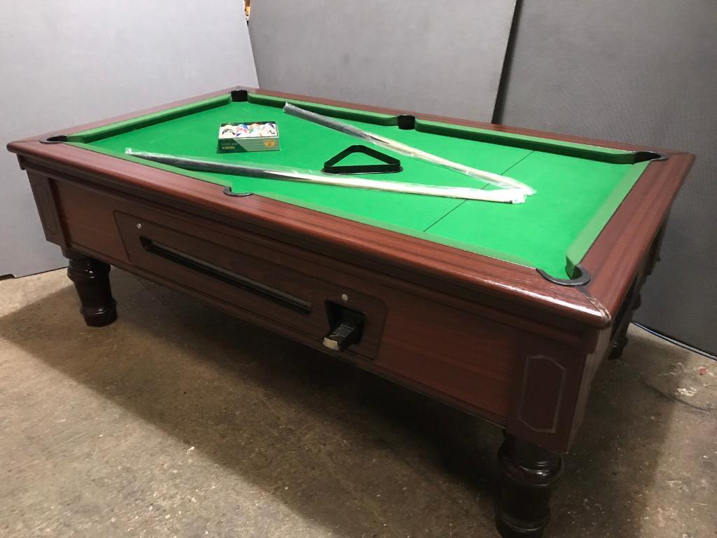 Pool table - pub type - free delivery