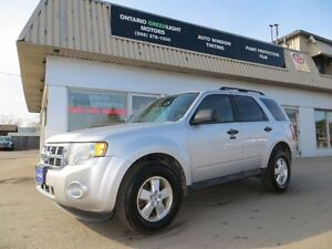 2011 Ford Escape 4WD, 6 CYL, ALL POWERED, ALLOYS, FOG LIGHTS