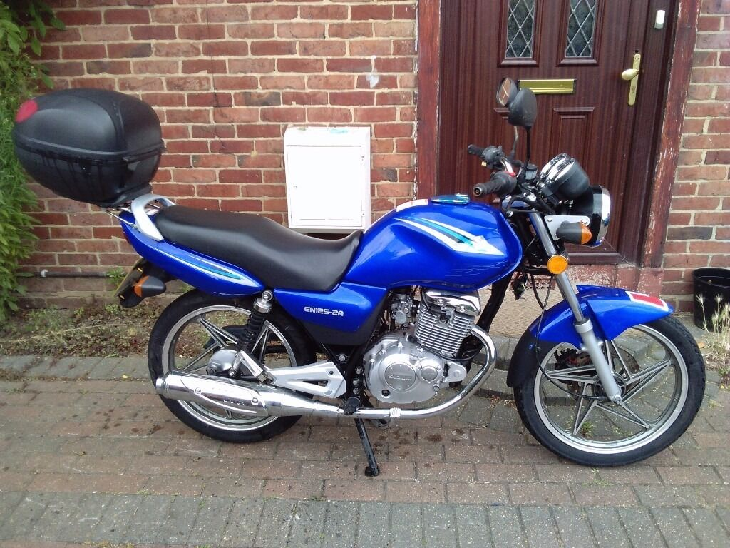 2013 Suzuki EN 125 manual motorcycle, new 12 months, very good runner,  learner