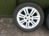 Vauxhall Astra Alloy Wheels With Very Good Tyres No Scrapes Or Scuffs Very Clean As New
