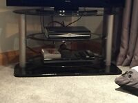 Black Gloss / Clear Glass TV Stand